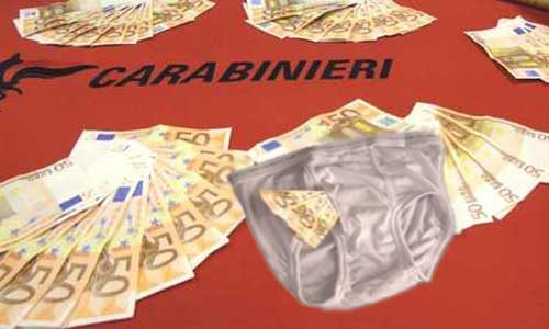 Beccato con la tangente di 500 euro nelle mutande