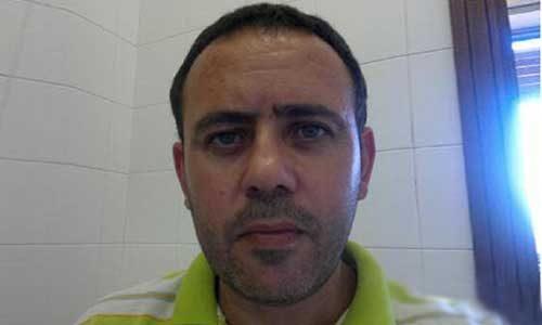 Disoccupato con bimbo invalido fa il Barbiere 'abusivo' dei vigili: denunciato