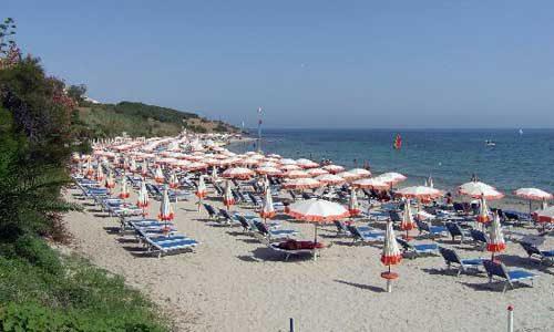 Concessioni ai lidi in spiaggia: la competenza passa ai Comuni