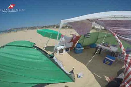 Campeggio in spiaggia: Multa di 200 euro