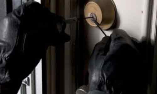 """Sambuca di Sicilia. Ladri """"ripuliscono"""" casa di un falegname: portati via tutti i gioielli"""
