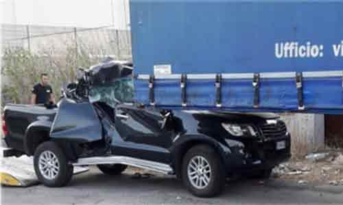 Drammatico incidente stradale: un giovane è in gravi condizioni