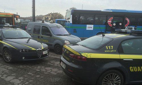 Droga. Controlli sugli autobus da Palermo, fermato un giovane di Ribera con  54gr di hashish