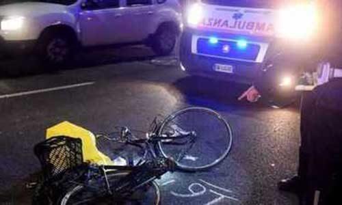 Ancora un ciclista investito e ucciso da un pirata che è fuggito senza prestare soccorso