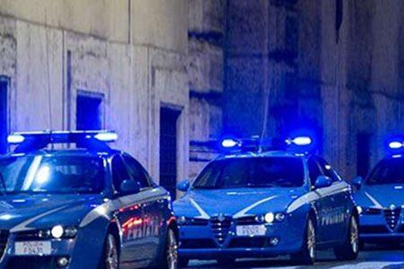Sgominata banda dedita a furti di auto e truffe assicurative: sequestrato un autosalone