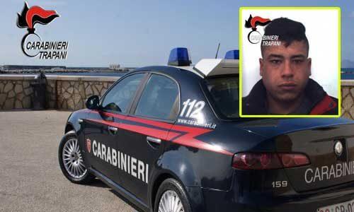 3 ladri di auto, dopo un inseguimento rocambolesco ed essersi capottati sono stati arrestati dai carabinieri