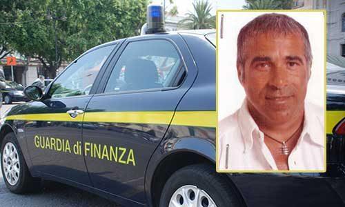 Ex dipendente delle Poste, prometteva assunzioni dietro tangente: arrestato  dalla G.d.F.