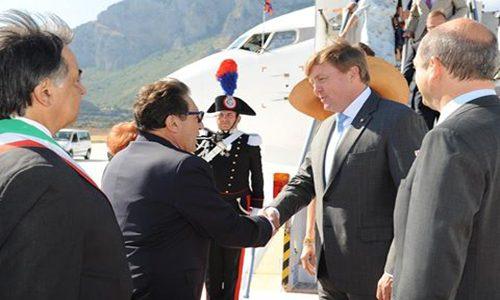 I Reali di Olanda in visita in Sicilia: il presidente Crocetta ad accoglierli – FOTO
