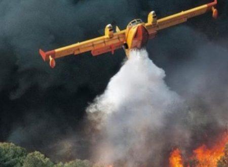 Burgio in fiamme, area boschiva a fuoco: Canadair in azione, è doloso?
