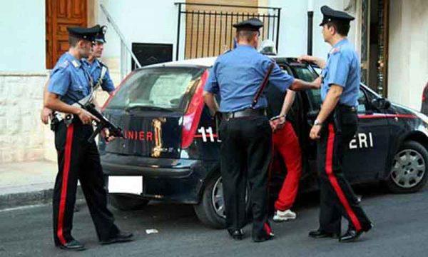 Avola (SR). Due giovani ubriachi litigano, uno prende l'auto ed  investe l'altro: arrestato