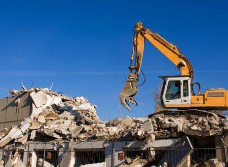 Sciacca, abusivismo. Dal Comune 130 notifiche di demolizione per case, verande e tettoie