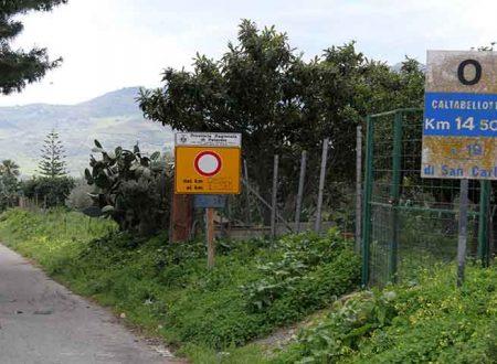 Strade Provinciali e sicurezza. Operai a lavoro su SP37 Caltabellotta-San Carlo e su Cottonaro-Lavanche