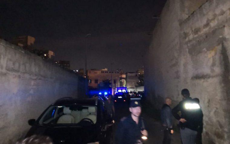 Omicidio nella notte: 29enne ucciso dopo essere stato aggredito e colpito con un oggetto alla testa