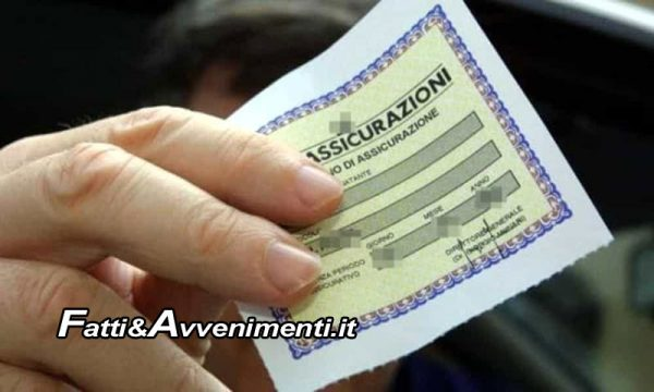 """Polizza RCA """"falsa"""" su pullman: Polizia denuncia il titolare dell'Agenzia Assicurativa"""