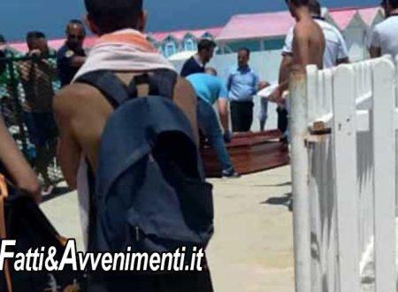 Tragedia a Mondello, un uomo muore seduto sulla riva della spiaggia colto da infarto