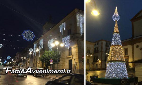"""Ribera. Lunedì con le luminarie e l'albero in piazza inizia il Natale Riberese: """"In programma spettacoli in strada e concerti"""""""