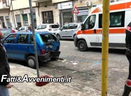 Palermo. Una donna rimane schiacciata fra due auto mentre attraversa la strada: è grave