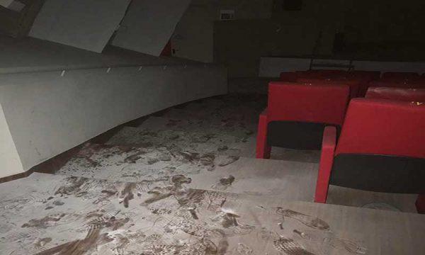 Sciacca. Nuovo atto vandalico al Samonà, Monte: per l'amministrazione il teatro è solo un fardello