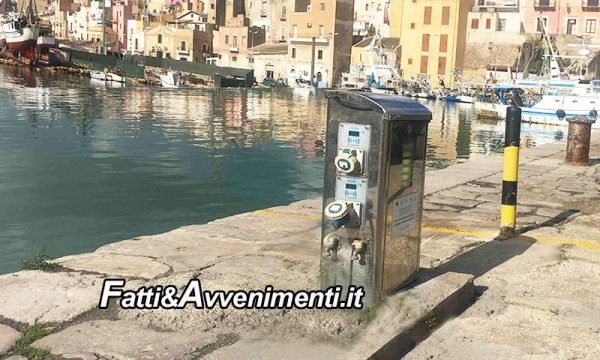 """Sciacca.  Santangelo, Bono e Milioti: """"perché colonnine e opere infrastrutturali al porto non sono attive?"""""""