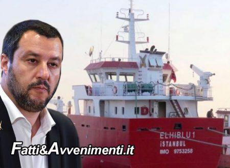 """Migranti dirottano mercantile dopo soccorso e si dirigono in Italia: Salvini: """"Sono pirati da noi non entrano"""""""