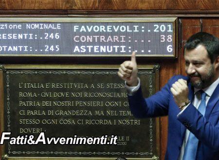"""Approvata riforma """"legittima difesa"""", Salvini esulta: """"È un bellissimo giorno per tutti gli italiani"""""""
