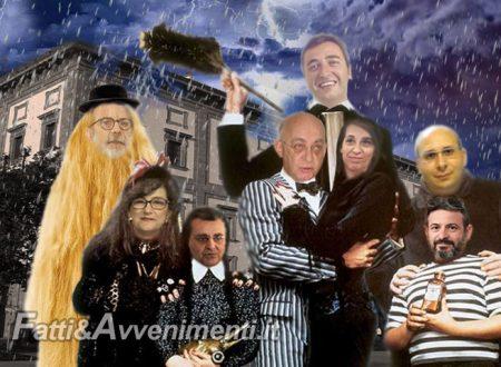 Sciacca. La famiglia Addams che immobilizza la città: una commedia horror che non fa ridere