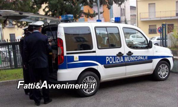Auto vigili urbani per trasporto disabili senza assicurazione: sequestrata dai carabinieri