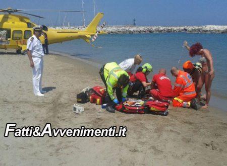 Porto Empedocle. tragedia in spiaggia: un uomo muore colto da malore, inutile l'intervento dell'elisoccorso