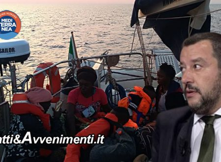 """Ong Mediterranea prende 54 migranti in zona Sar e inseguita dai libici fugge in Italia, Salvini """"vada a Tunisi"""""""