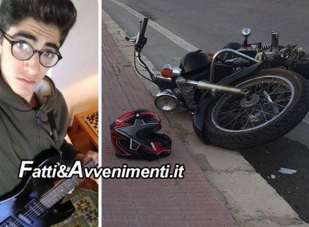 Marsala. 17Enne si schianta con la moto contro un palo della luce: inutili i soccorsi