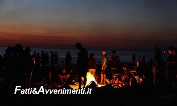 Sciacca. Altro che spettacoli, San Lorenzo per i saccensi si trascorre nelle spiagge: falò su tutto il litorale