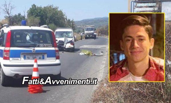 Paternò (CT). Tragico scontro perde la vita un 17enne su Vespa: con la testa sfonda il parabrezza dell'auto