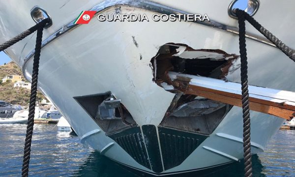 Scontro tra una nave e uno yacht tra le isole Eolie: 5 i feriti di cui uno trasferito in elisoccorso