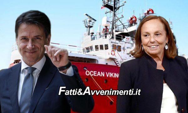"""Primo atto del nuovo governo: """"Lampedusa porto sicuro"""" gli 84 della Ocean Viking sbarcano tutti"""