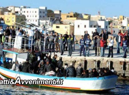 Lampedusa. Arrivano 9 barchini in poche ore con 176 migranti, sbarchi anche a Pantelleria e Trapani: è invasione