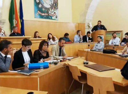 Favara. Il PD salva il sindaco Anna Alba: mozione di sfiducia bocciata, l'alleanza di Roma arriva in provincia?