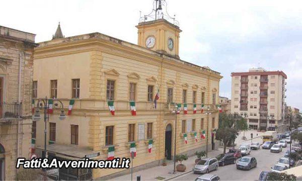 Ribera. Consiglio comunale straordinario: l'opposizione in aula mantiene il numero e i contrattisti ringraziano