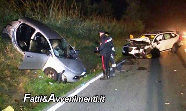 Ragusa. Scontro mortale tra due auto nella notte: perde la vita un giovane di 22 anni e quattro i feriti