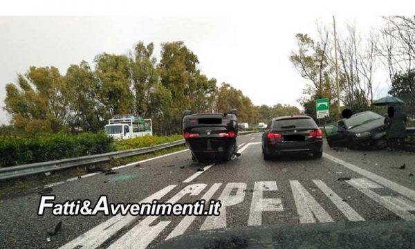 Pauroso incidente sulla Catania-Messina: 2 auto coinvolte, una si ribalta, 3 i feriti uno trasportato in elisoccorso