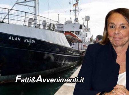 Lamorgese autorizza l'Alan Kurdi a sbarco 32 migranti a Pozzallo: Malta li rifiuta, altro che ripartizione