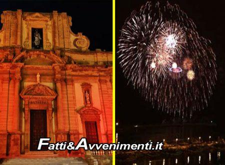 Natale Saccense, primi costi: 7500 euro per fuochi Capodanno, oltre 4mila per illuminare rosso i monumenti