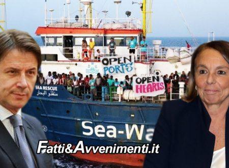 Migranti. Il governo dice si e sbarcano in 200: la Sea Watch 3 di Carola a Taranto e l'Open Arms a Messina