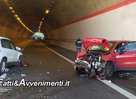 Scontro tra 3 auto sulla Catania-Siracusa: 500 X imbocca svincolo in contromano: 3 i feriti, uno grave