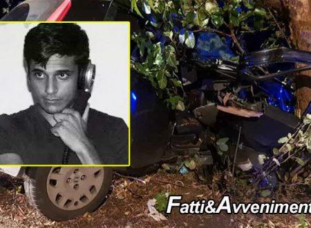 Palermo. Incidente nella notte, auto si schianta contro un albero: muore un 32enne, ferita la fidanzata 29enne