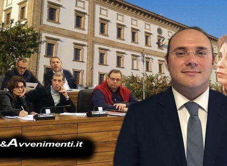 """Sciacca, Sfiducia. Opposizione: """"Presidente Montalbano ha violato regolamento consiliare, Valenti fa populismo"""""""