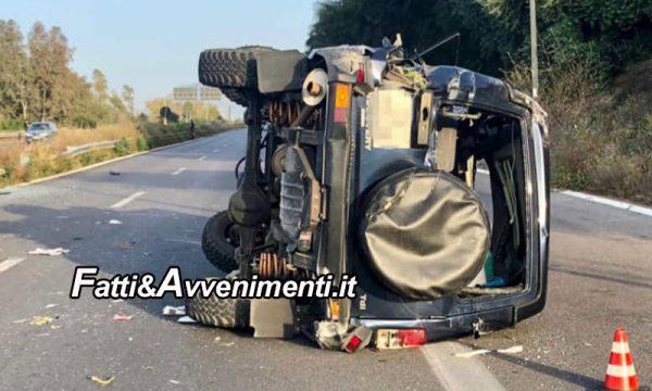 Incidente mortale sull'A19. Suv sfonda guard rail  e si ribalta: perde la vita una 49enne, ferito il conducente