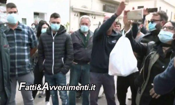 """Lampedusani contro Sindaco: """"di migranti e immigrazione non ne vogliamo più sapere, ci serve un ospedale"""""""
