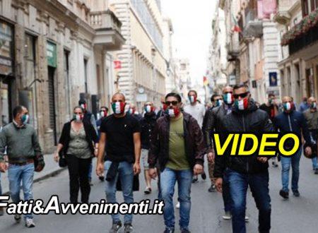 Mascherine tricolori contro il governo in 80 piazze, a Roma polizia e carabinieri li bloccano- VIDEO