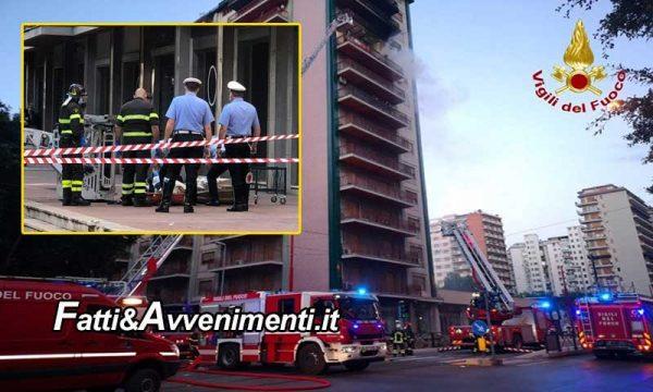 Palermo. Appartamento va a fuoco: muore una donna, gravi ustioni per la figlia e 9 agenti intossicati