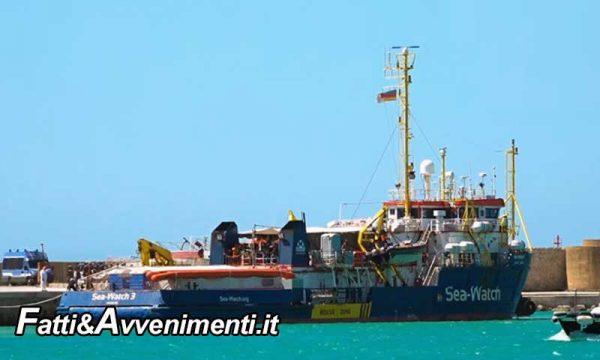 Sea Watch. È allarme, tra i 211 sbarcati un migrante è positivo al Covid-19 e si aspetta l'esito di un secondo